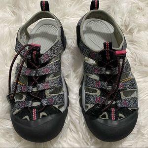 Pre-owned KEEN Waterproof Pink/Gray Shoes Sz 7